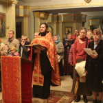 Молебное пение с акафистом у мощей святой блаженной Матроны Московской.