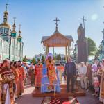 На Соборной площади города Тамбова состоялась торжественная встреча ковчежца  с частицей мощей святой  блаженной Матроны Московской
